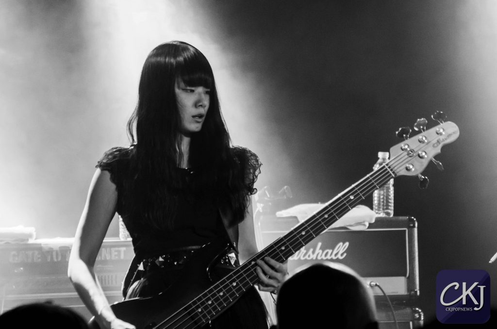 band-maid_japan_boule-noire_concert_jmusic_jrock_japanese-band_16102016_paris_17
