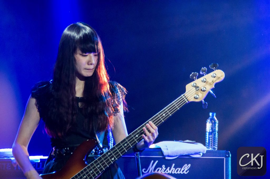 band-maid_japan_boule-noire_concert_jmusic_jrock_japanese-band_16102016_paris_6